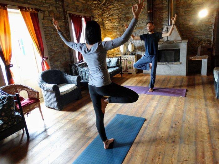 come aumentare la creatività con lo yoga